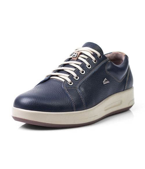 фото туфли кроссовки