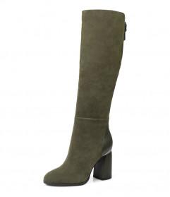 Женские осенние замшевые сапоги на каблуке